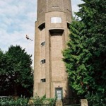 Source: http://coolboom.net/architecture/water-tower-house-by-zecc-architecten/