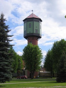 Source: http://www.7is7.com/otto/estonia/viljandi_watertower.html