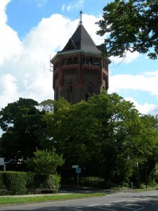 Source: http://www.yourlocalweb.co.uk/images/pictures/22/83/water-tower-on-shooters-hill-225404.jpg